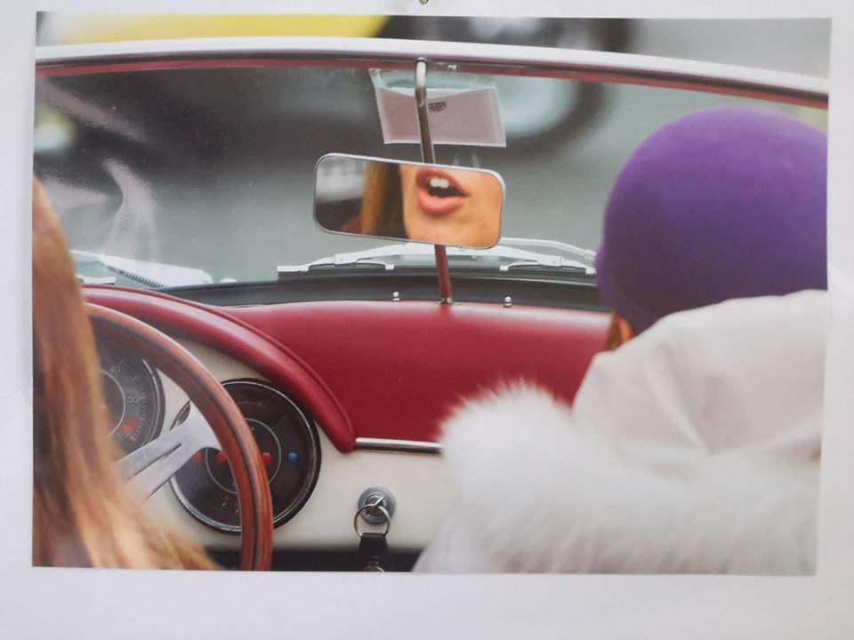 Foto n. 1 - Donne al Volante